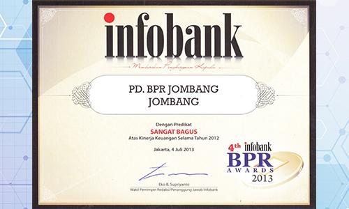bank-jombang-mendapat-predikat-sangat-bagus-oleh-infobank-2013